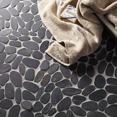 Lancara - Black Flat Cut Pebble Mosaic