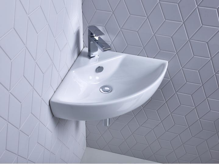 Zest corner basin lifestyle.jpg