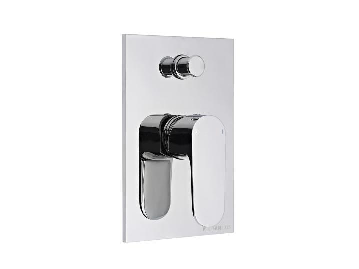 Image Manual Bath Shower Valve with Diverter T181802.jpg